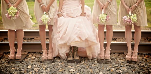 Bloemen voor de bruidsmeisjes