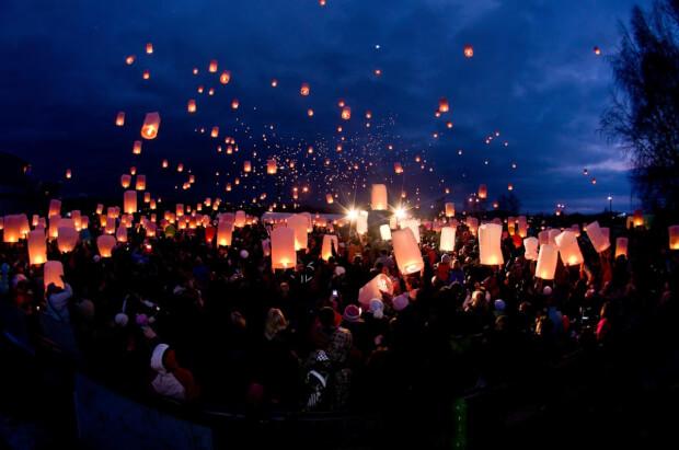 wensballonnen symboliek voor het brengen van gelukbruiloft