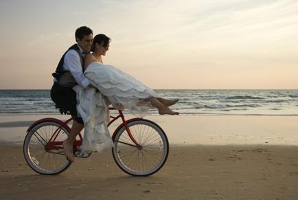 bruidspaar_trouwvervoer_fiets