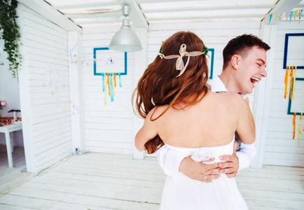 dansen_happy_bruidspaar