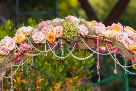 decoratie_bloemenboog_pastels_o