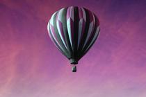 Jullie huwelijk in een luchtballon