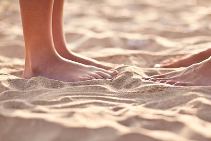 huwelijksreis_beach_voeten_3