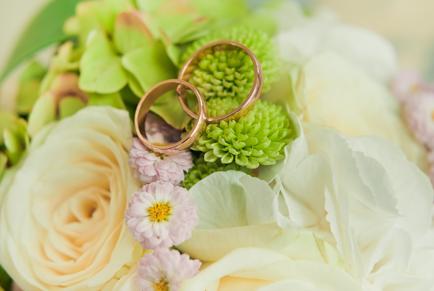 trouwringen_bloemen_groen_1