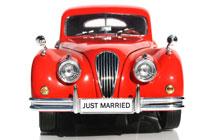 Trouwvervoer voor het bruidspaar